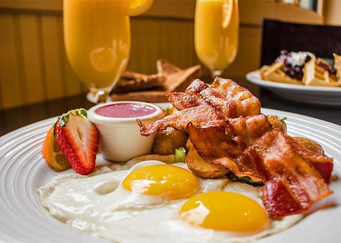 2 eggs bacon, fresh orange juice, morning light legends restaurant